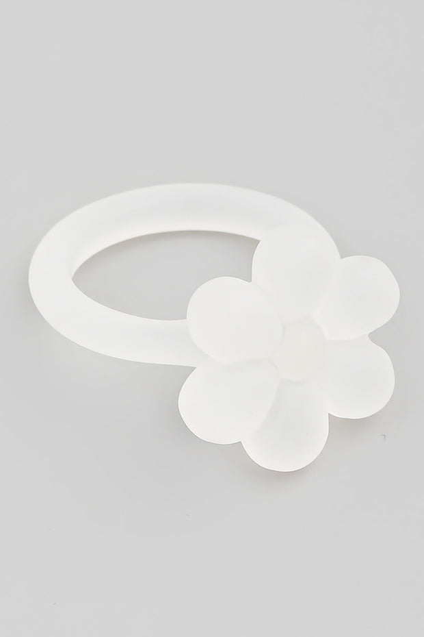 Resin Flower Ring // White