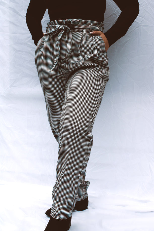 Up Close Gingham Paperbag Pants