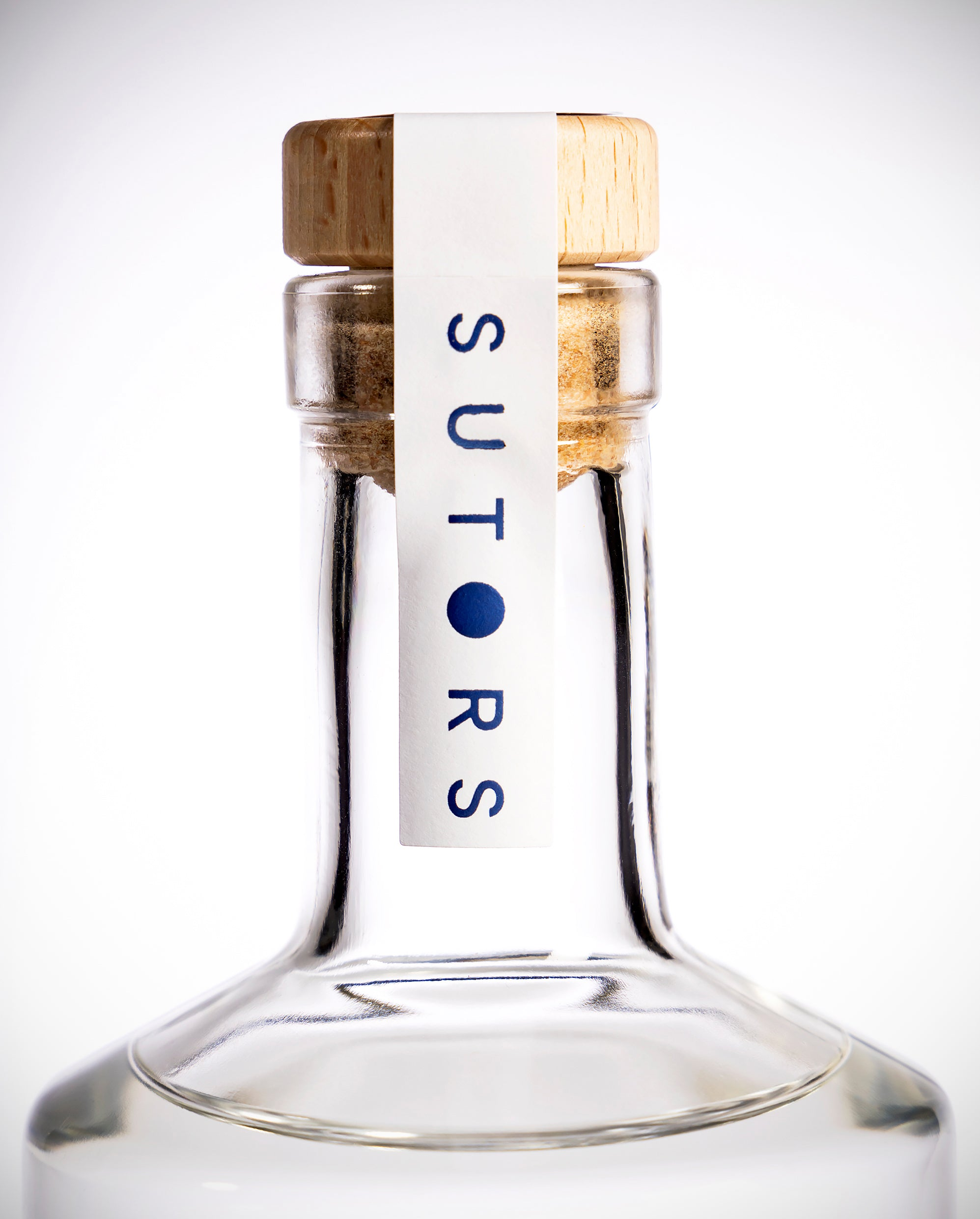 Sutors Gin 700ml 45.4% ABV