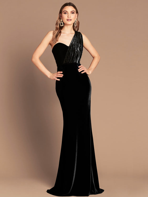 CLAUDIA VELVET GOWN - BLACK