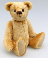 Makepeace teddy bear in Old English dense teddy gold English mohair with a straight dense 6 mm pile by Make A Teddy