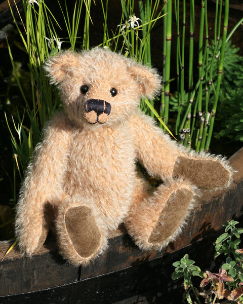 Makepeace PRINTED traditional jointed 10 inch mohair teddy bear sewing pattern by Barbara-Ann Bears