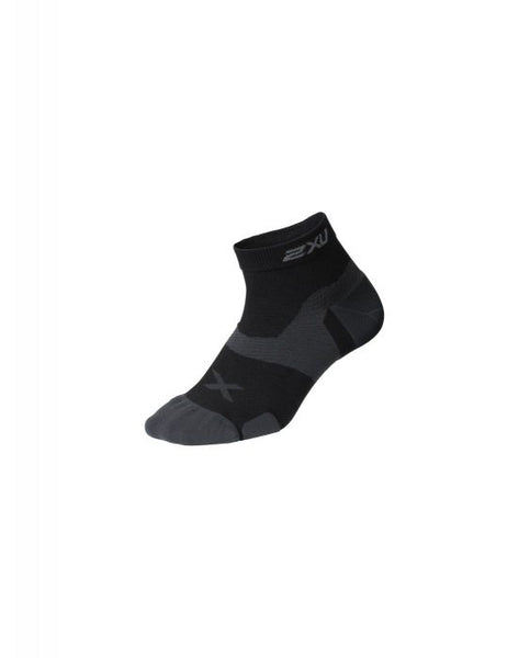 2XU Vectr Ultralight Crew Socks