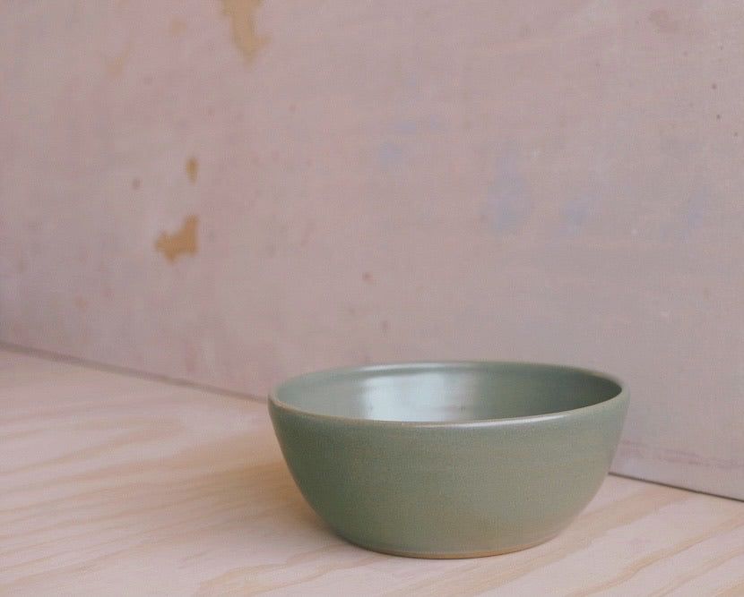 Wander Serving Bowl