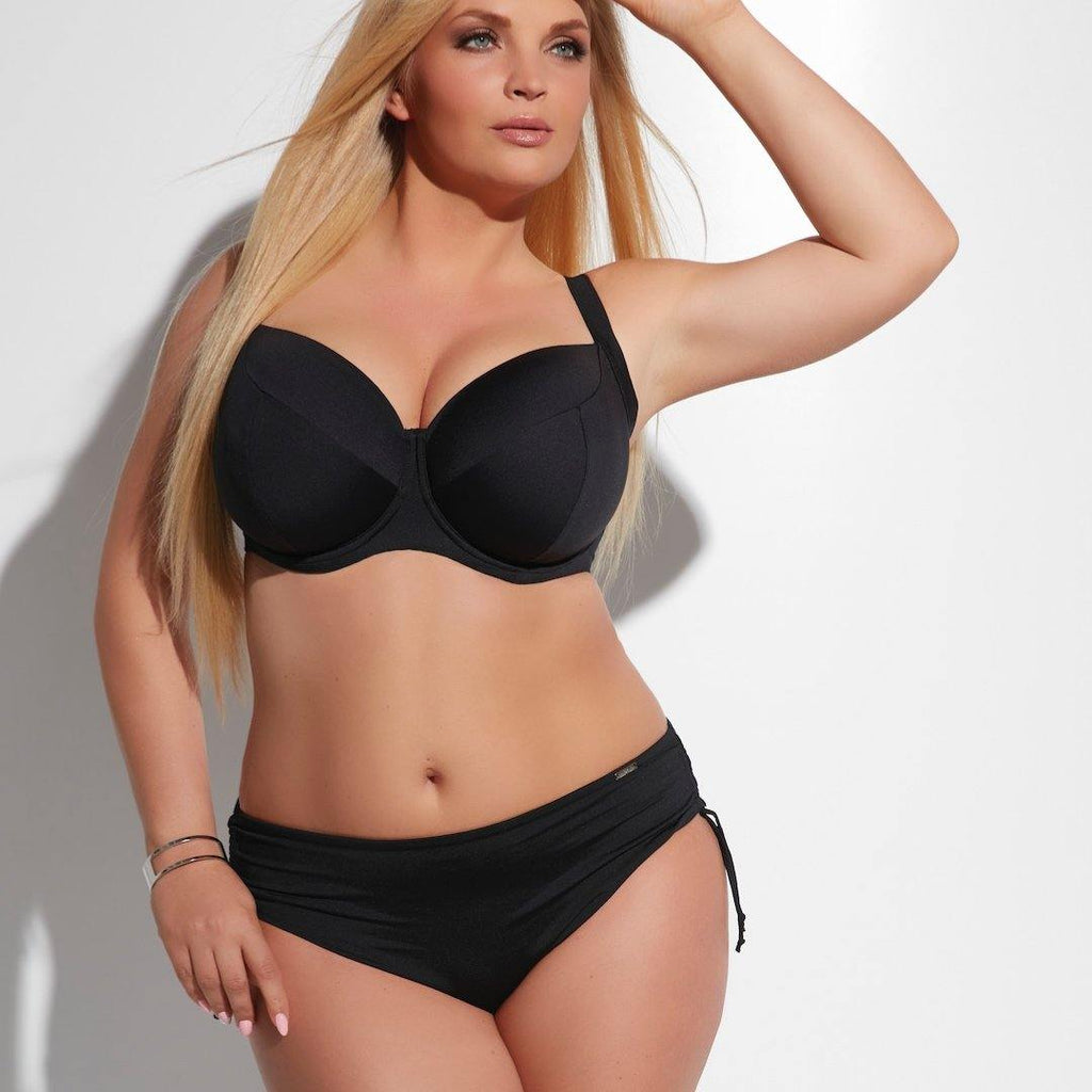 Black bikini bottoms, medium waisted, plus size bikini briefs