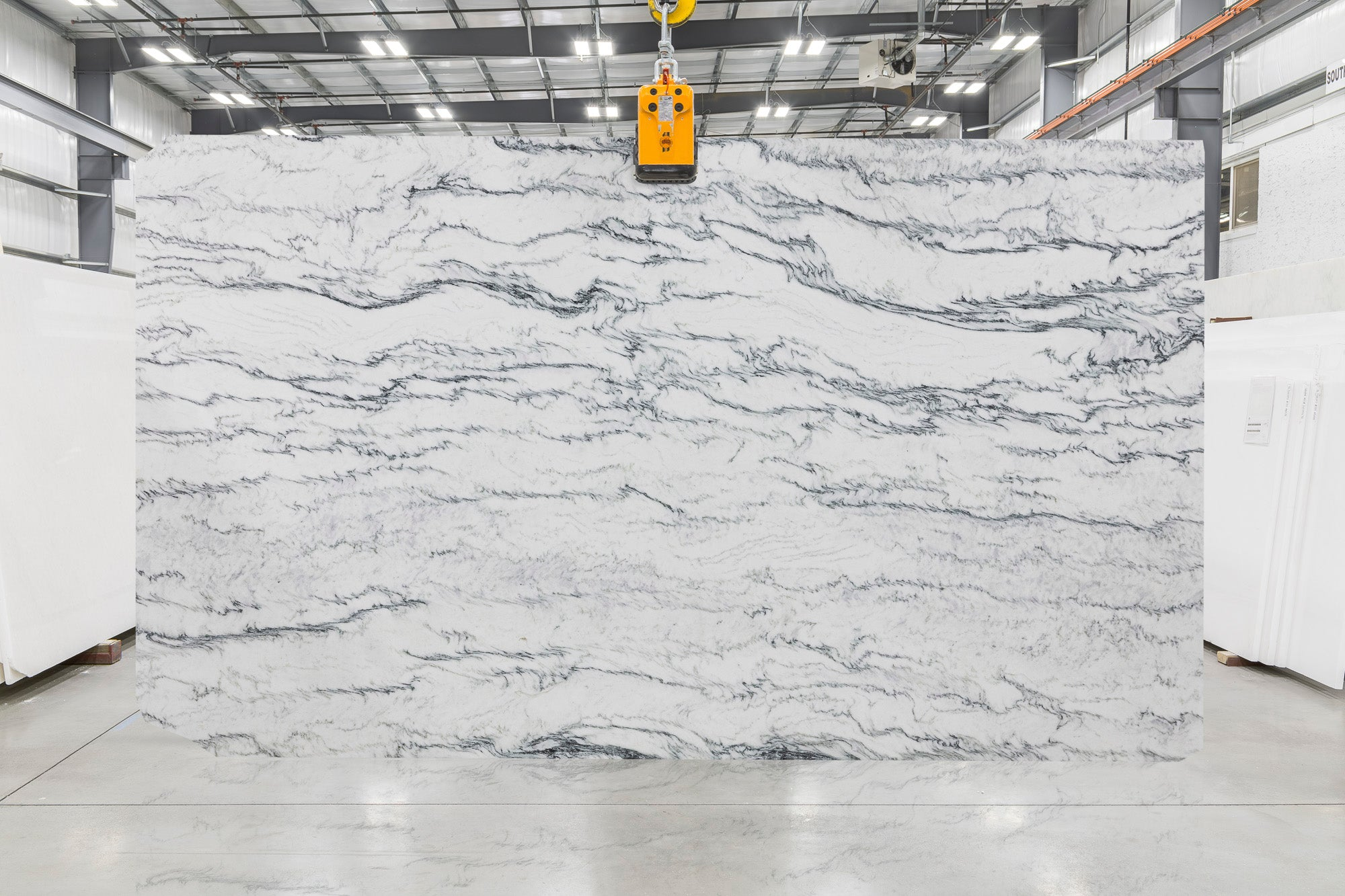 Mountain White Marble Slab 1-1/4
