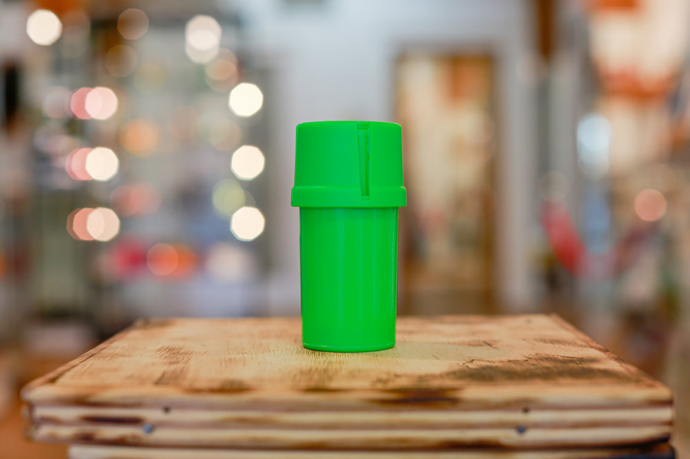 Green Med-Tainer smell proof plastic grinder