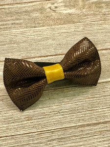 Browns... Bow tie