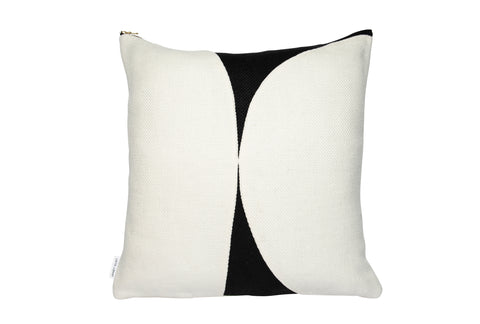 Forms of Beauty Series Style No.17 Black & White Belgium Linen