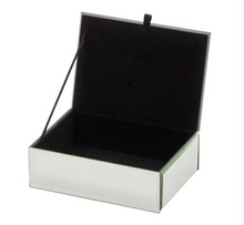 Load image into Gallery viewer, Glass Mirrored Personalised Jewellery Box