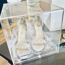 Load image into Gallery viewer, Acrylic Wedding Shoe Box
