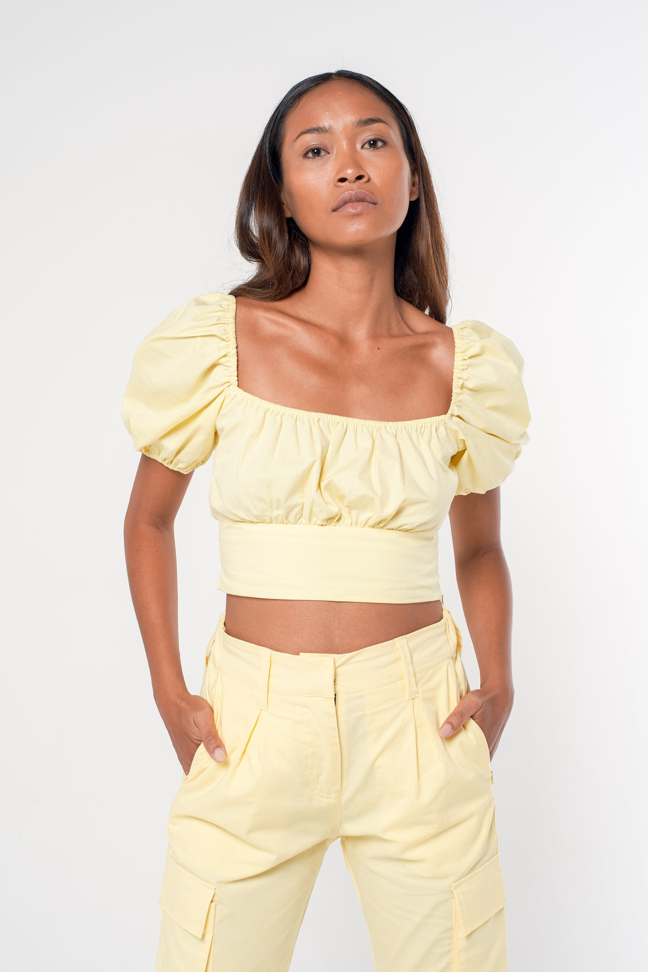 Puff Sleeve Crop - butter