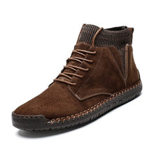 Load image into Gallery viewer, Men's Walk-a-bout Suede Chukka