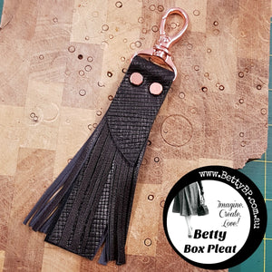 Swivel Snap Hook Tassel