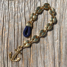 Load image into Gallery viewer, Nautical anchor bracelet from Swedish Maris Sal. Marint ankararmband från svenska Maris Sal.