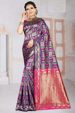 Load image into Gallery viewer, Bhelpuri Blue Silk Woven Traditional Saree with Blouse Piece