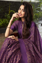 Load image into Gallery viewer, Bhelpuri Burgundy & Beige Kota Brasso Printed Saree with Blouse Piece