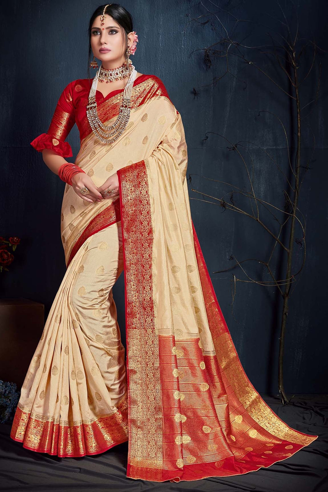 Bhelpuri Cream & Red Silk Saree with Blouse Piece