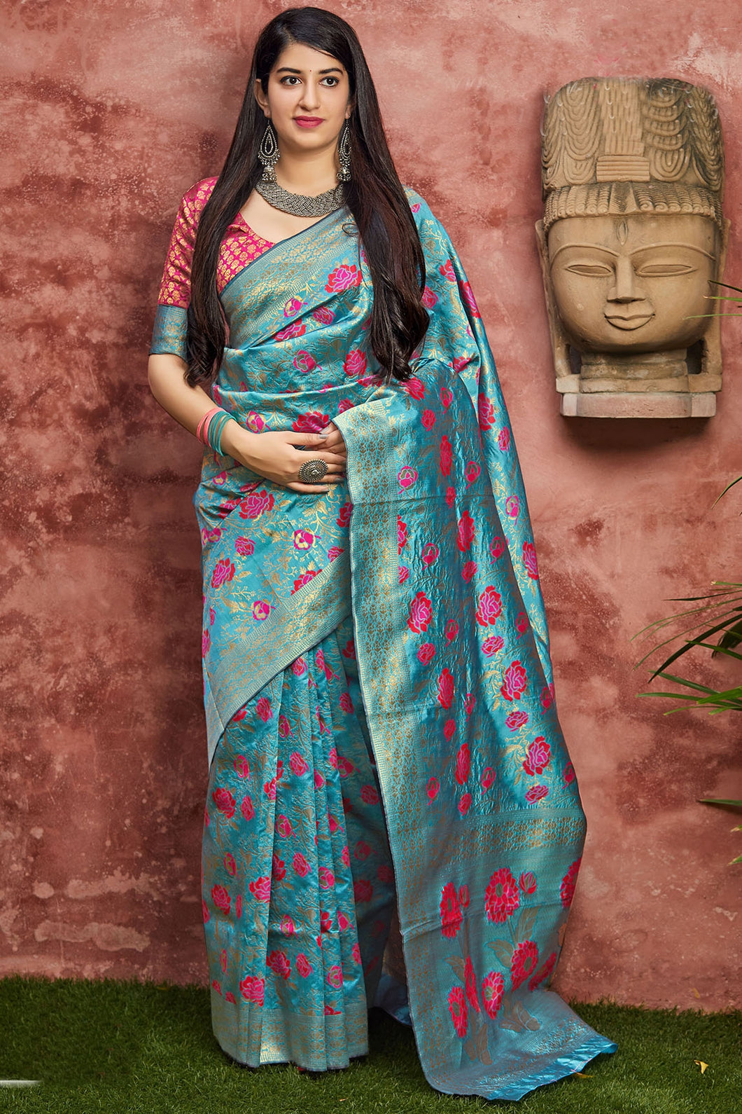 Bhelpuri Blue Banarasi Silk Saree with Blouse Piece