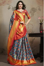 Load image into Gallery viewer, Bhelpuri Blue Star Silk Printed Saree with Blouse Piece