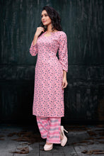 Load image into Gallery viewer, Admyrin Pink Rayon Burberry Floral Print Kurti and Palazzo Set