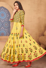 Load image into Gallery viewer, Admyrin Yellow Heavy Rayon Flaired Foil Printed Gown