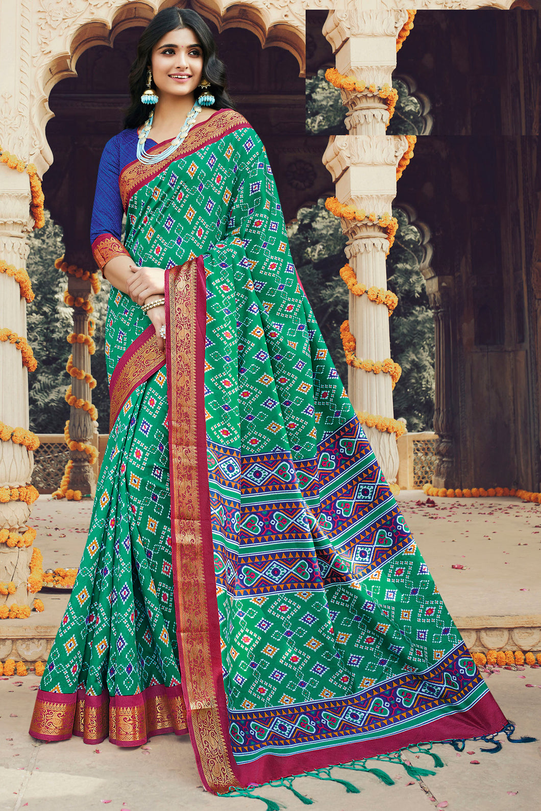 Bhelpuri Green Silk Printed Traditional Saree with Blouse Piece