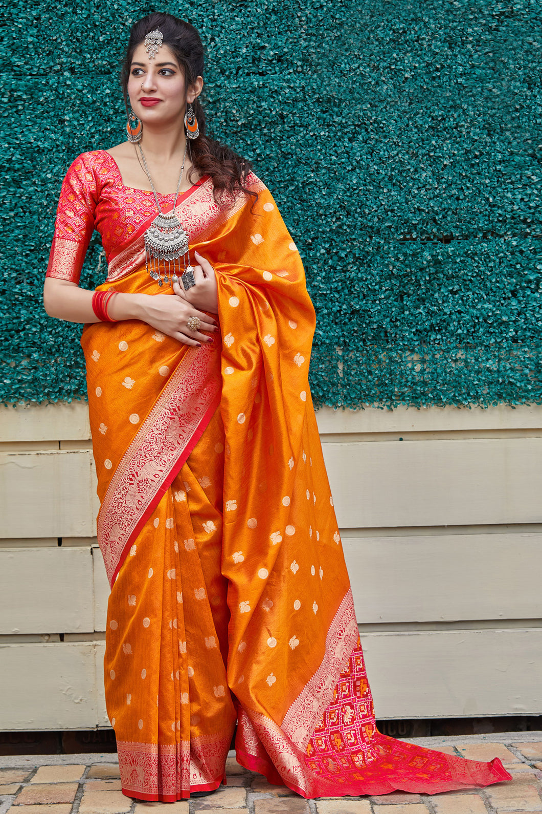 Bhelpuri Orange Banarasi Art Silk Weaving Work Traditional Saree with Blouse Piece
