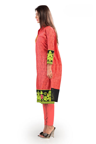 Admyrin Salmon Cotton Kurti Comprising Nature-Inspired Prints