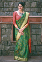 Load image into Gallery viewer, Bhelpuri Green Patola Silk Woven Saree with Brocade Blouse Piece
