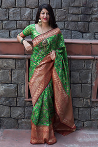 Bhelpuri Green Banarasi Patola Silk Woven Saree with Blouse Piece
