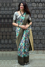 Load image into Gallery viewer, Bhelpuri Multicolour Banarasi Patola Silk Woven Saree with Blouse Piece