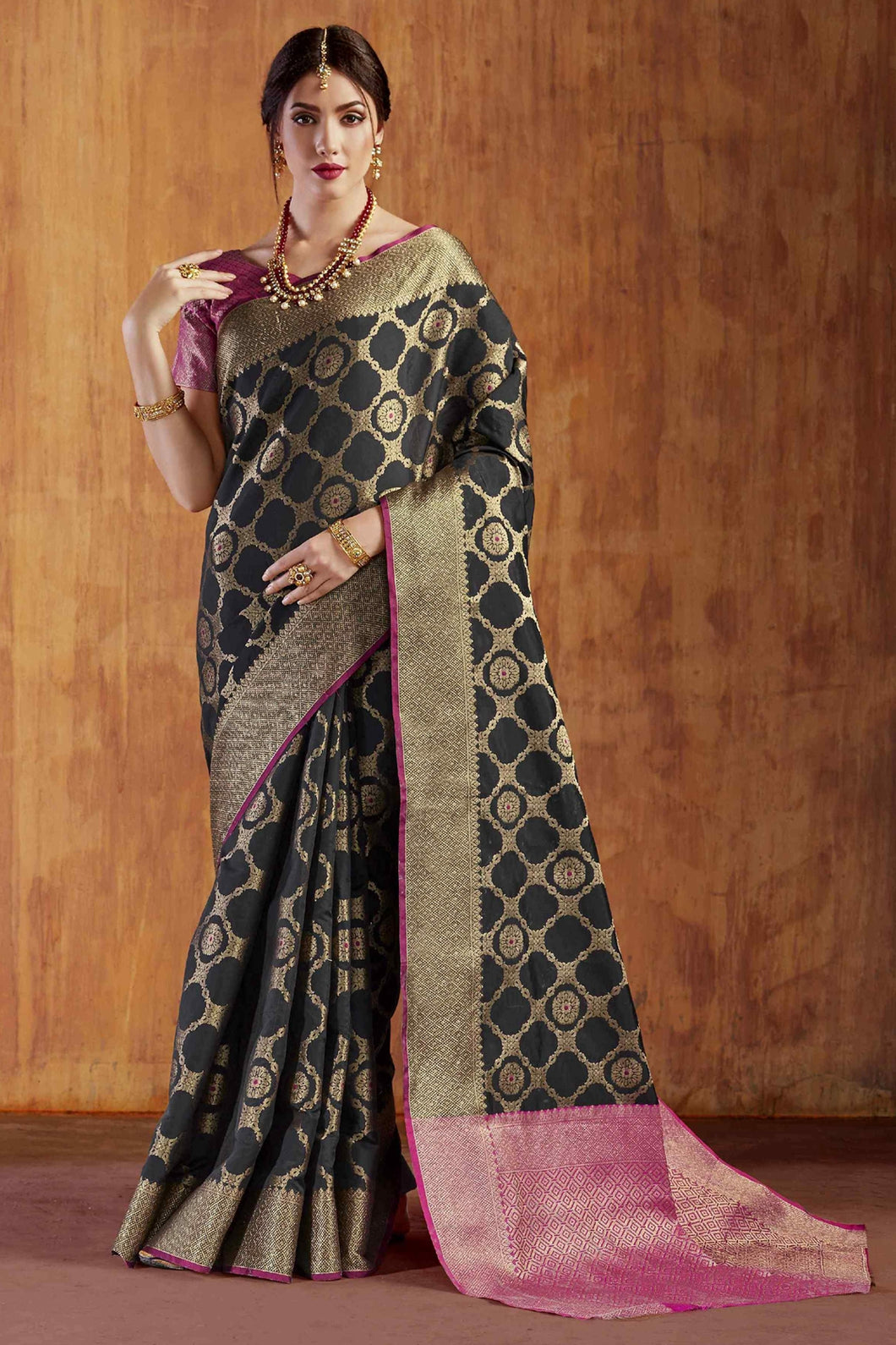Bhelpuri Black Silk Saree