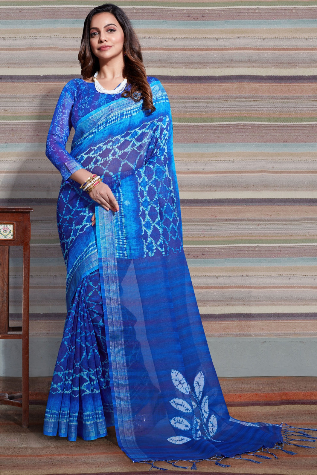 Bhelpuri Blue Linen Saree