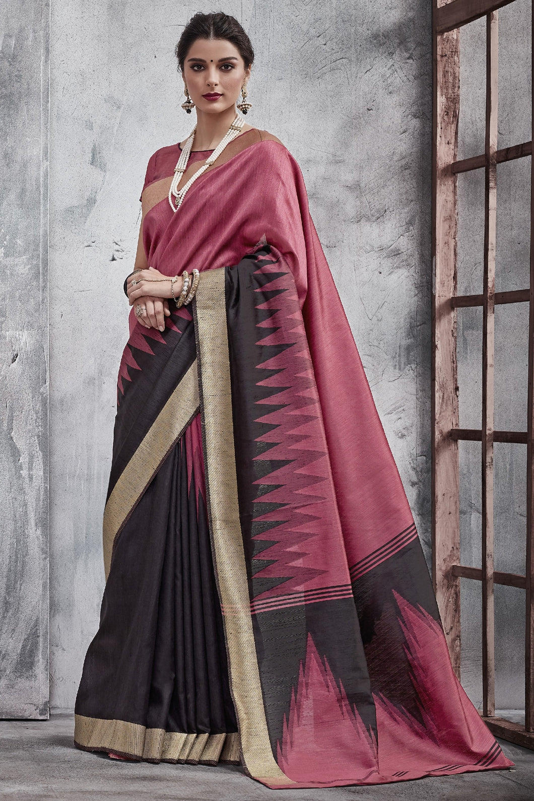 Bhelpuri Pink and Black Raw Silk Woven Saree with Blouse Piece