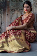 Load image into Gallery viewer, Bhelpuri Maroon and Gold Banarasi Silk Woven Saree with Blouse Piece