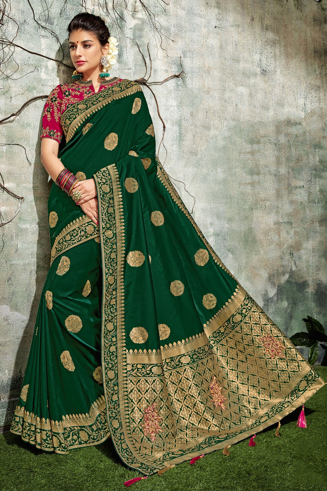 Bhelpuri Dark Green Silk Tassel Woven Designer Party Wear Saree with Silk Embroidered Blouse Piece