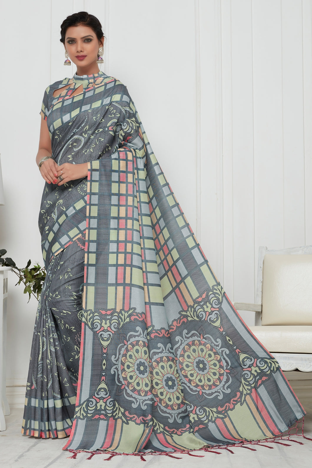 Bhelpuri Dark Grey Pashmina Silk Printed Saree with Blouse Piece