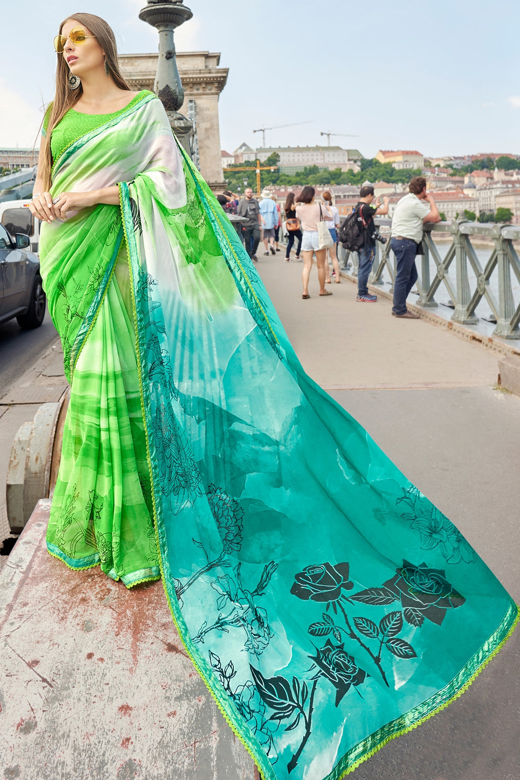 Bhelpuri Green and Turquoise Georgette Printed Saree with Green Blouse Piece