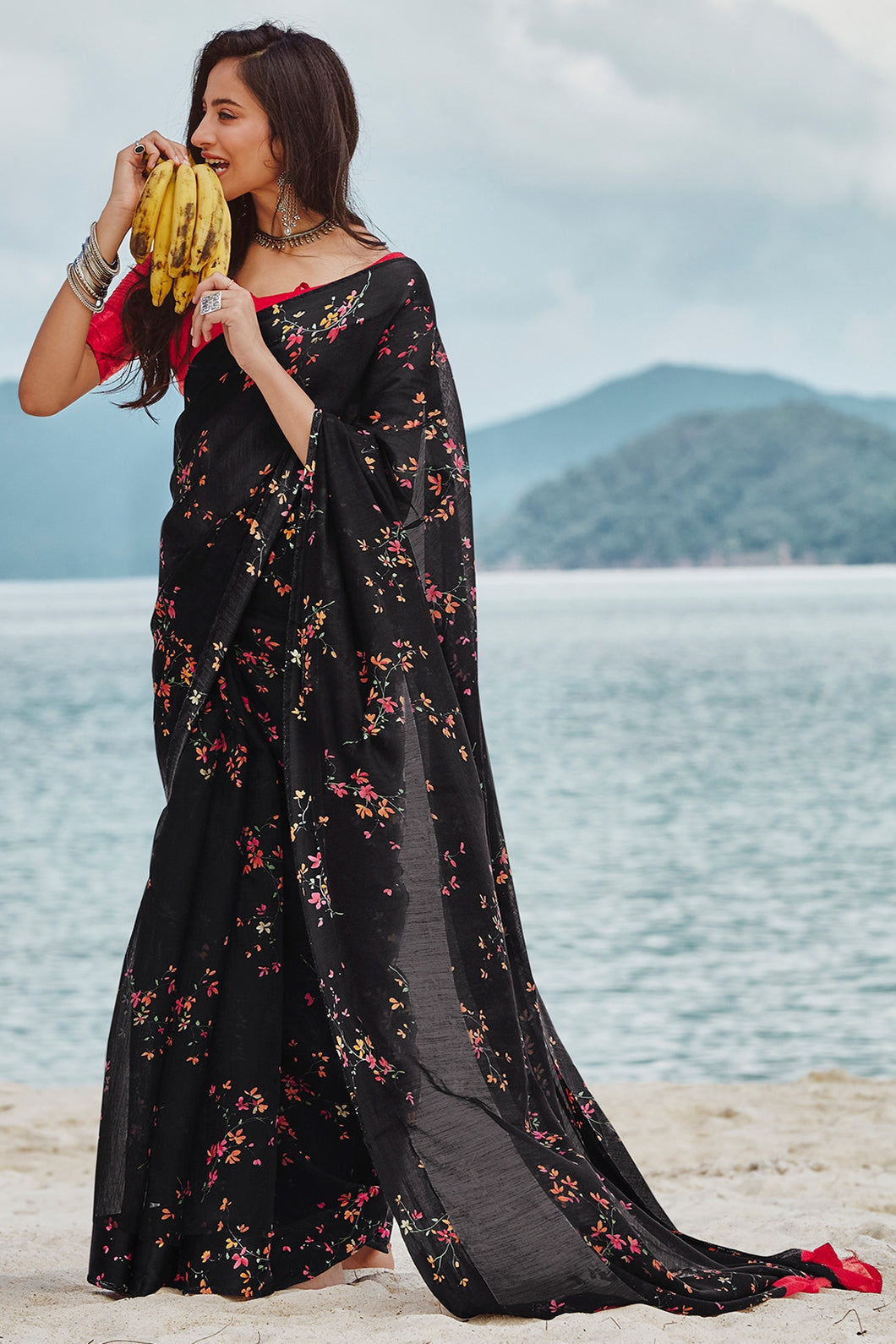 Bhelpuri Black Soft Linen Printed Saree with Blouse Piece