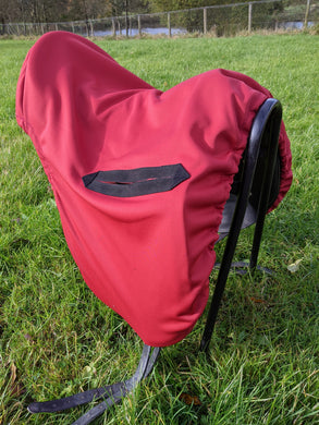 Soft shell water resistant saddle cover