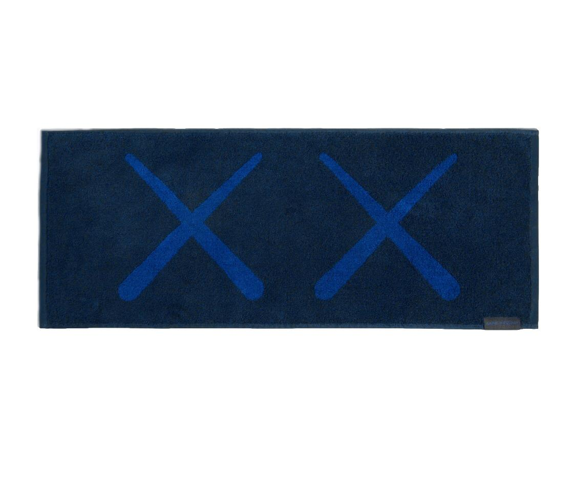 KAWS: HOLIDAY Korea towel (navy), 2018