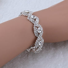 Load image into Gallery viewer, Elegantes Deluxe Kristall Armband mit Strass