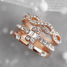 Load image into Gallery viewer, Exquisite 18k Rose Gold White Three Ring Set