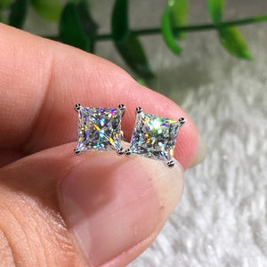 18K White Gold Princess Cut Moissanite White Diamond Stud Earrings