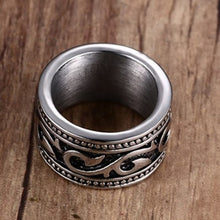 Load image into Gallery viewer, Men 's  Silver Titanium Steel Ring