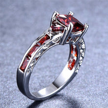 Load image into Gallery viewer, Exquisiter 750 Weiss Gold Rubin Damen Ring