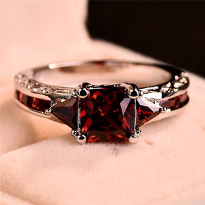 18K White Gold Princess Cut Garnet Red Ruby Wedding Ring