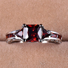 Load image into Gallery viewer, 18K White Gold Princess Cut Garnet Red Ruby Wedding Ring