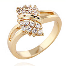Load image into Gallery viewer, 18K Gold Plated Round Rhinestone Crystal Weding Ring